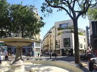 PARIS 9e, St-George/Pigalle, charmant appartement de 2 pièces  (T2) typique montmartrois de 35m2 au calme sur cour intérieure fleuri, exposé Est et bien distribué (voir 360, Vidéo & plan)situé au 3e étage d'un immeuble du fin 19e siècle au coeur de la SOPI (South of Pigalle), a 2 pas de l'emblématique Moulin Rouge et de la vibrante Place Pigalle