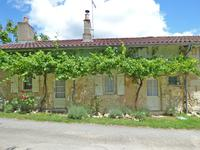 houses and homes for sale inBAZACCharente Poitou_Charentes