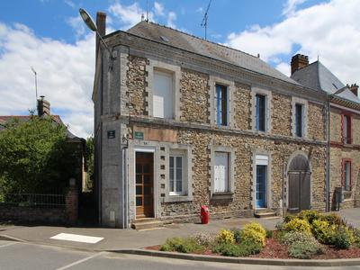 French property, houses and homes for sale in BRAINS SUR LES MARCHES Mayenne