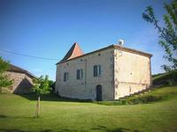 French property for sale in BEAUGAS, Lot et Garonne - €282,480 - photo 2