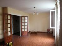 French property for sale in CARHAIX PLOUGUER, Finistere - €82,000 - photo 3