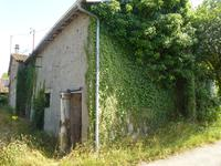 French property for sale in CLAVE, Deux Sevres - €19,000 - photo 1