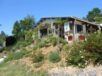 French property for sale in town, Lot et Garonne - €1,102,500 - photo 2