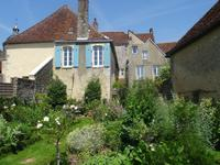French property for sale in town, Orne - €525,000 - photo 3