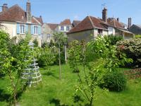 French property for sale in town, Orne - €525,000 - photo 4