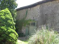 French property for sale in LA CHAPELLE MONTBRANDEIX, Haute Vienne - €199,800 - photo 3