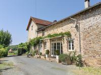 French property for sale in MIALET, Dordogne - €449,000 - photo 2