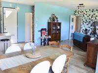 French property for sale in JAVERLHAC ET LA CHAPELLE ST ROBERT, Dordogne - €172,800 - photo 4