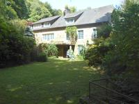 Just 7km from Avranches with a good range of amenities