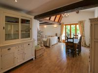 French property for sale in CALLAS, Var - €550,000 - photo 3