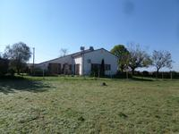 French property for sale in PONS, Charente Maritime - €230,000 - photo 9