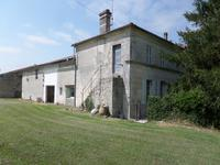 French property for sale in JONZAC, Charente Maritime - €149,000 - photo 2