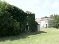 French property for sale in JONZAC, Charente Maritime - €149,000 - photo 10