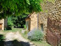 French property for sale in LE BUISSON DE CADOUIN, Dordogne - €392,200 - photo 2