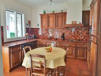 French property for sale in GINESTAS, Aude - €375,000 - photo 5