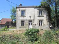 Maison à vendre à ST PRIEST LA FEUILLE en Creuse - photo 1