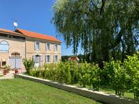 French property for sale in MONTGUYON, Charente Maritime - €418,900 - photo 1