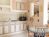 French property for sale in town, Gironde - €315,000 - photo 4