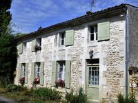 houses and homes for sale inLA GRIPPERIE ST SYMPHORIENCharente_Maritime Poitou_Charentes