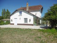 French property for sale in ARDIN, Deux Sevres - €193,320 - photo 1