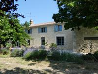 French property, houses and homes for sale inST AVIT DE SOULEGEGironde Aquitaine