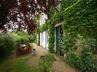 Maison à vendre à town en Charente - photo 1