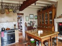 French property for sale in ST DIZANT DU GUA, Charente Maritime - €381,600 - photo 4
