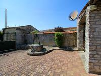 Maison à vendre à CHIVES en Charente Maritime - photo 6