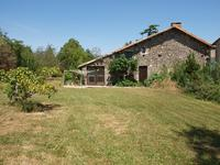 French property for sale in CHAUNAY, Vienne - €299,600 - photo 3