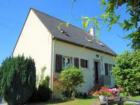French property for sale in NEUILLY LE VENDIN, Mayenne - €109,000 - photo 9