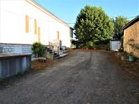 French property for sale in MAGNAC LAVALETTE VILLARS, Charente - €194,400 - photo 2