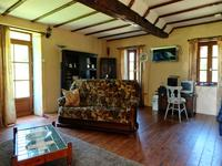 French property for sale in AMBERNAC, Charente - €141,700 - photo 4