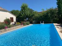 French property for sale in LAUZUN, Lot et Garonne - €299,600 - photo 2