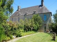 French property for sale in CRETTEVILLE, Manche - €344,500 - photo 9