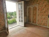 French property for sale in CONFOLENS, Charente - €162,000 - photo 5