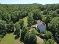 French property for sale in STE CROIX DE MAREUIL, Dordogne - €250,000 - photo 2