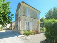 French property for sale in AUMAGNE, Charente Maritime - €194,400 - photo 1