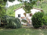 French property for sale in CHATEAU L EVEQUE, Dordogne - €158,050 - photo 2