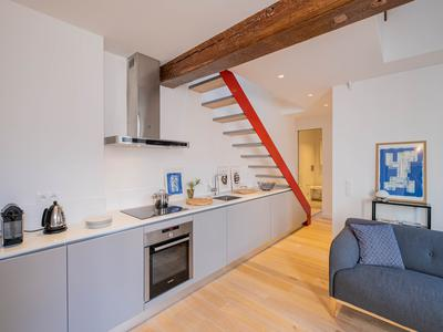 PARIS 75004, Ile Saint-Louis, charming 62m2 2 bedrooms Duplex apartment really peaceful with large volumes and exposed ceiling beam (see 360 & plan) on the 2nd and top floor of an historic 17th century building close to the river front and Notre Dame, prestigious Parisian address at the heart of the island