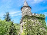 chateau for sale in ST ETIENNE VALLEE FRANCAISELozere Languedoc_Roussillon