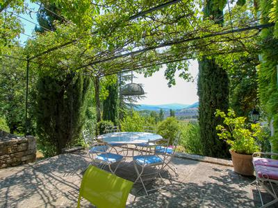 Sault, Lavender Capital of Provence, extraordinary Mas, gite, stables and water spring over 16ha of land and magnificent views over the valley