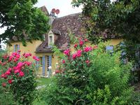 French property for sale in MAUZAC ET GRAND CASTANG, Dordogne - €695,000 - photo 2