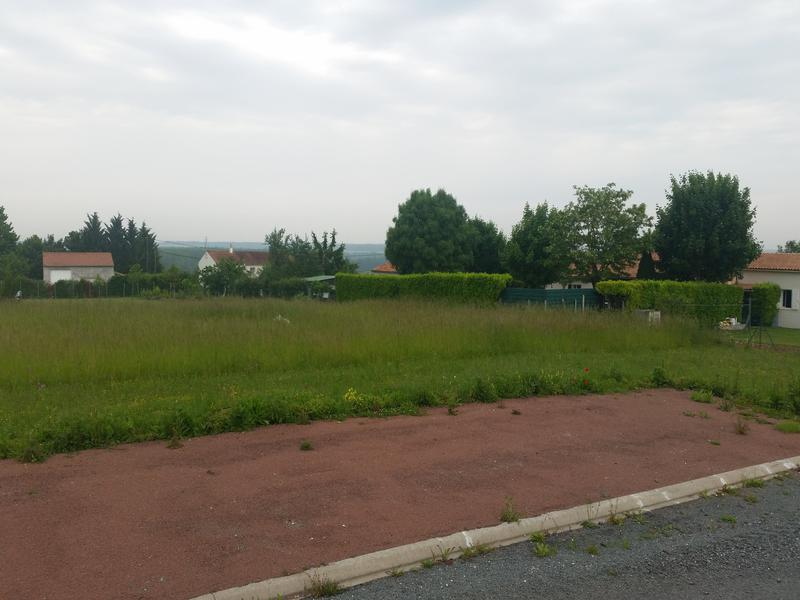 Terrain à vendre à DAMPIERRE SUR BOUTONNE(17470) - Charente Maritime