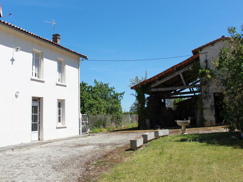 Maison à vendre à VILLOGNON(16230) - Charente