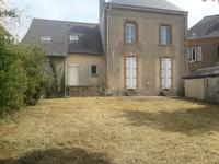 French property for sale in ST AIGNAN SUR ROE, Mayenne - €141,700 - photo 3