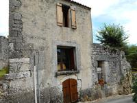 French property for sale in THENAC, Dordogne - €180,000 - photo 1