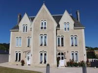 French property, houses and homes for sale inCRAVANT LES COTEAUXIndre_et_Loire Centre