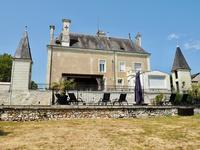 French property for sale in CRAVANT LES COTEAUX, Indre et Loire - €936,000 - photo 3