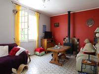 French property for sale in ST THOMAS DE CONAC, Charente Maritime - €190,000 - photo 5
