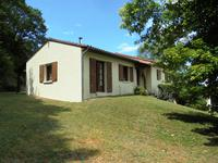 French property for sale in AUBETERRE SUR DRONNE, Charente - €145,000 - photo 2